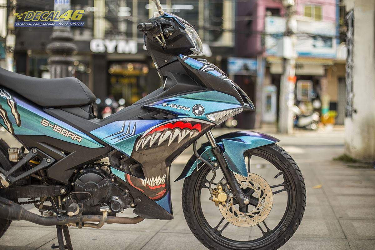 Tem xe Exciter 150 - thiết kế Titanium Angry Shark